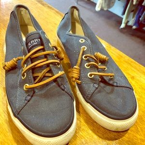 Sperry blue shoes